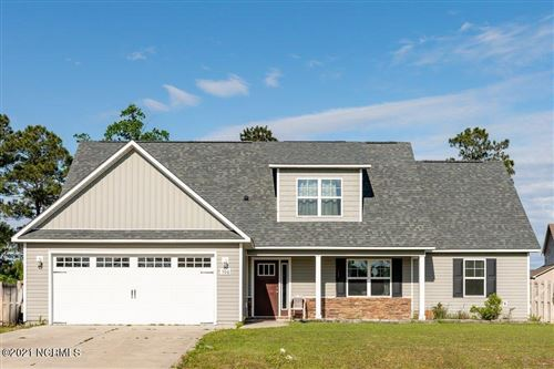 Photo of 506 Deep Inlet Drive, Sneads Ferry, NC 28460 (MLS # 100271635)