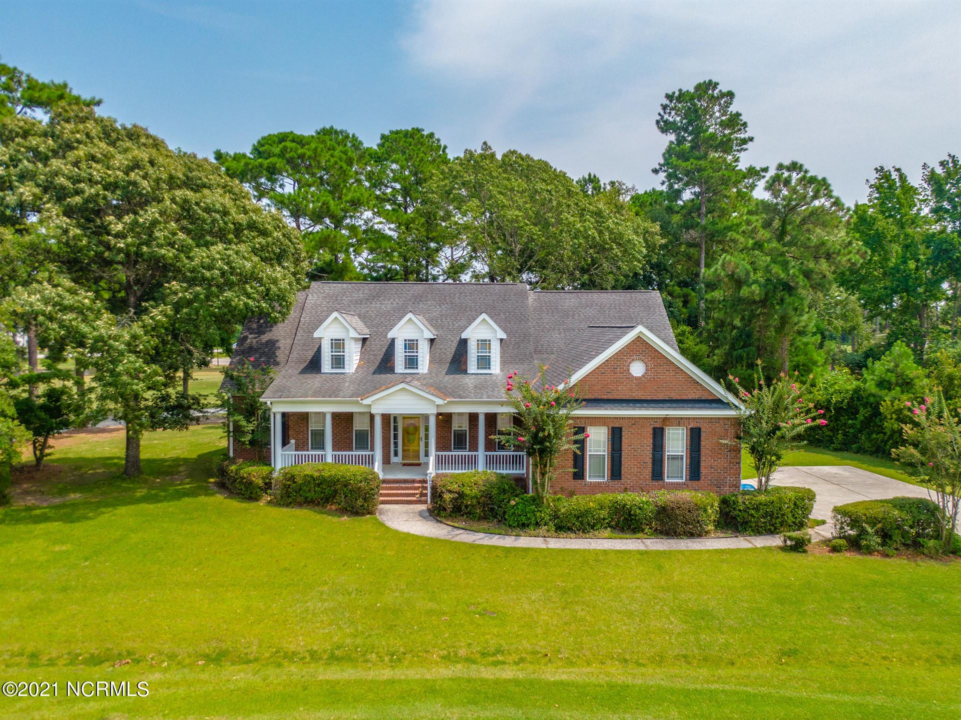 Photo for 502 Seascape Drive, Sneads Ferry, NC 28460 (MLS # 100284635)