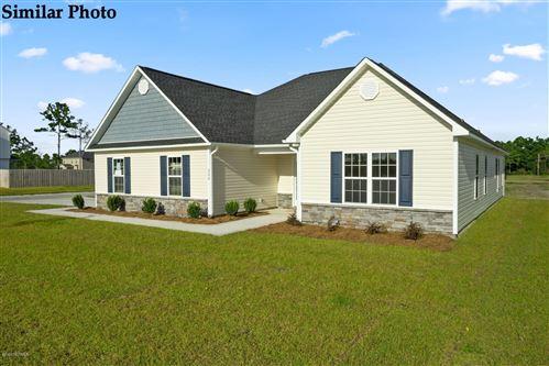 Photo of 105 Village Creek Drive, Maysville, NC 28555 (MLS # 100236637)