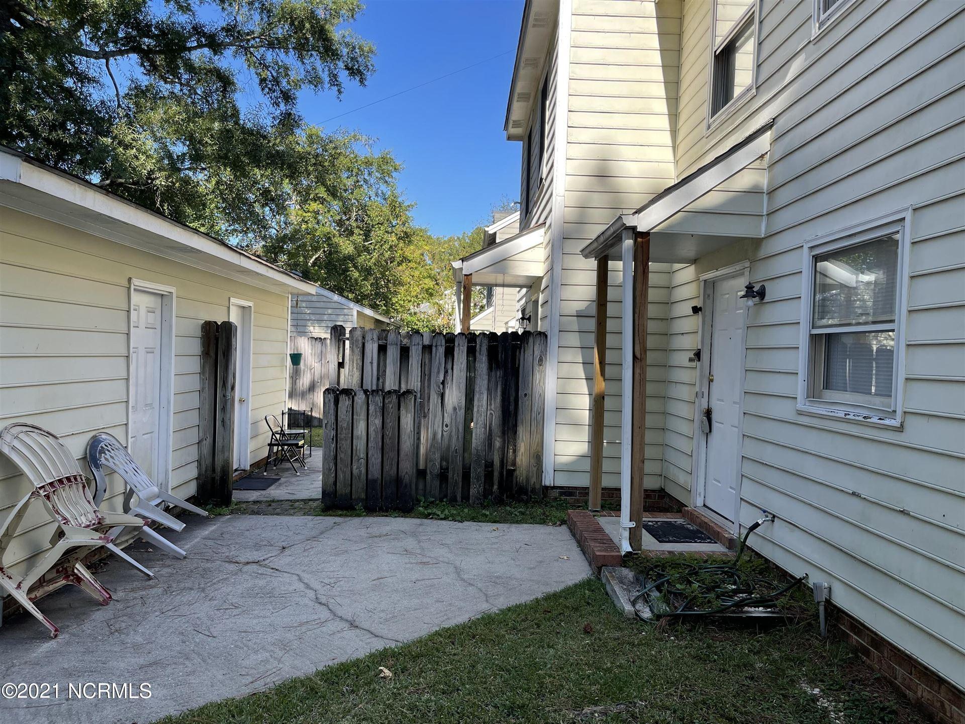 Photo of 210 & 212 Bracken Place, Jacksonville, NC 28540 (MLS # 100295638)
