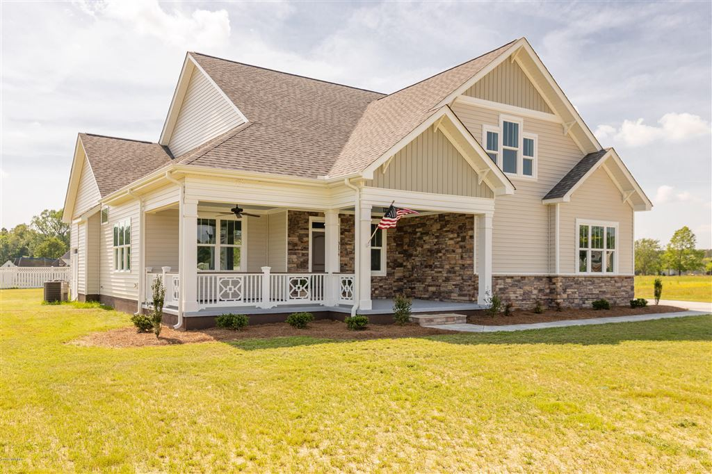 Photo for 3174 Emery Drive, Greenville, NC 27858 (MLS # 100135640)