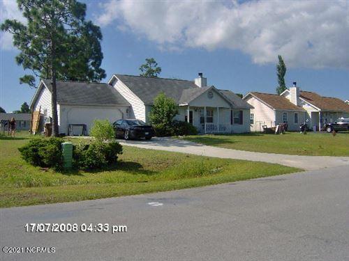 Photo of 113 Parnell Road, Hubert, NC 28539 (MLS # 100254644)