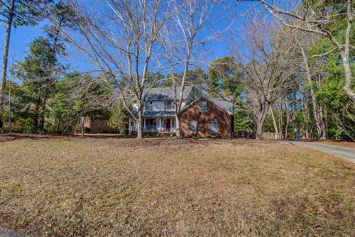 Photo of 5716 Oak Bluff Lane, Wilmington, NC 28409 (MLS # 100201648)