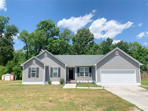 Photo of 204 Silky Court, Richlands, NC 28574 (MLS # 100270654)