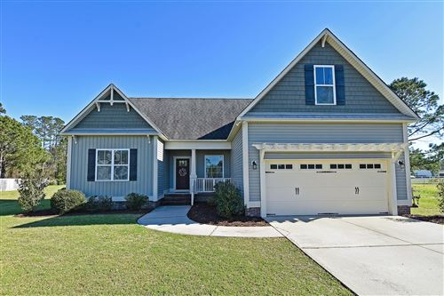 Photo of 150 Candlewood Drive, Hampstead, NC 28443 (MLS # 100211665)