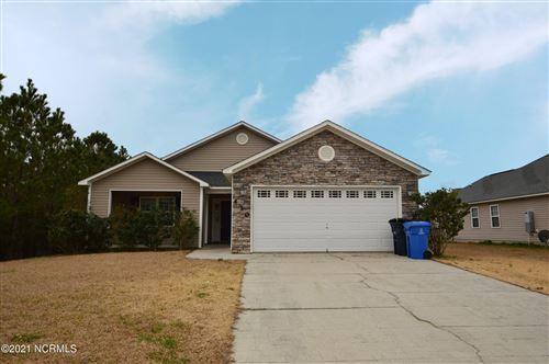 Photo of 410 Wynbrookee Lane, Jacksonville, NC 28546 (MLS # 100253665)