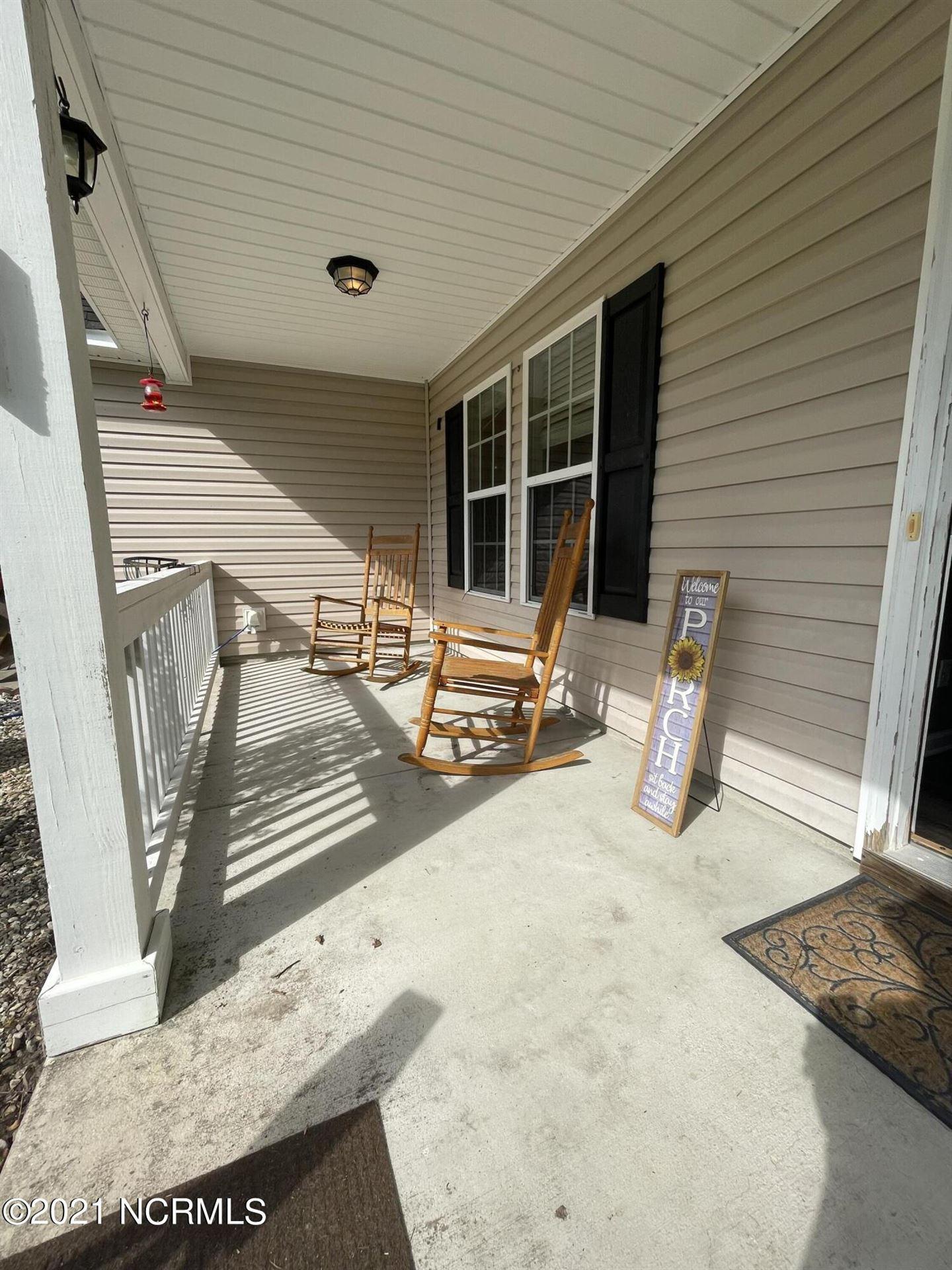 Photo of 278 Blue Creek Farms Drive, Jacksonville, NC 28540 (MLS # 100294666)