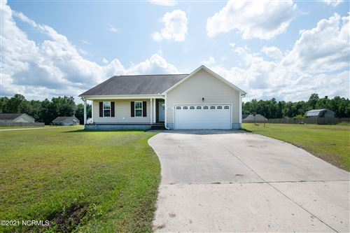 Photo of 401 Old Stage Road, Richlands, NC 28574 (MLS # 100283667)