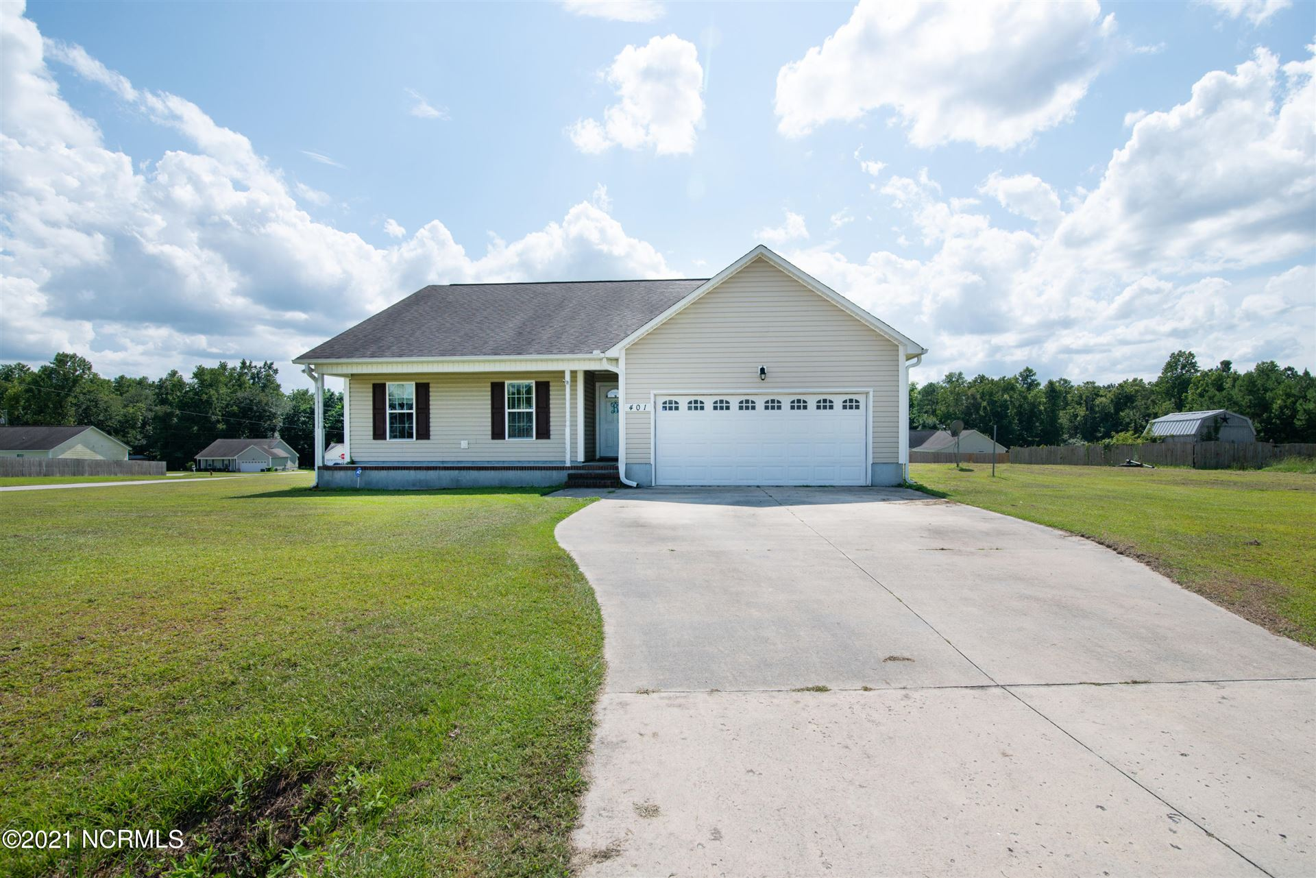 Photo for 401 Old Stage Road, Richlands, NC 28574 (MLS # 100283667)