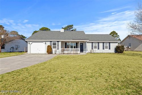 Photo of 207 Joey Court, Hubert, NC 28539 (MLS # 100258668)