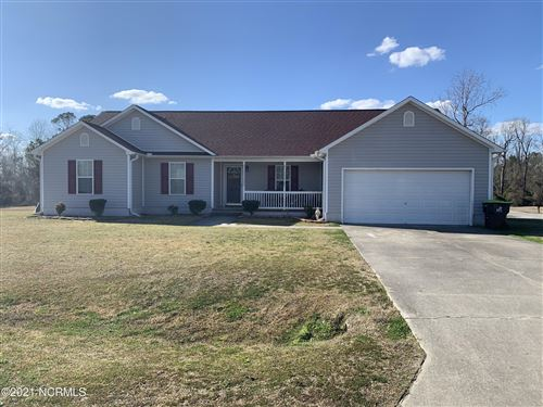 Photo of 119 Camellia Creek Drive, Richlands, NC 28574 (MLS # 100271670)