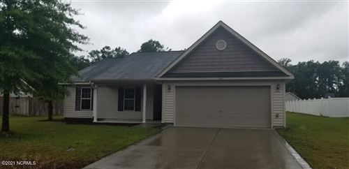 Photo of 304 Tuscan Court, Richlands, NC 28574 (MLS # 100274680)