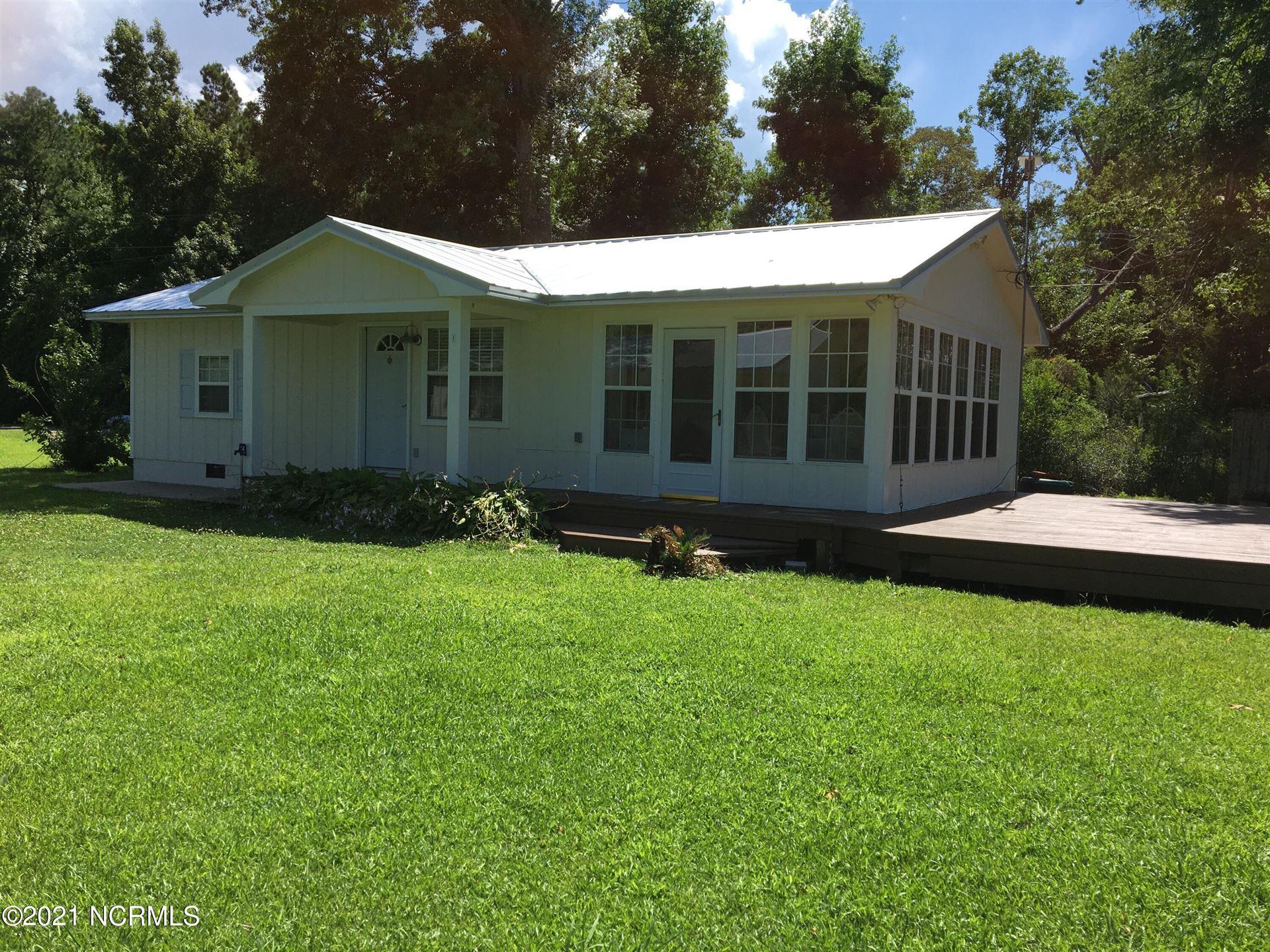 Photo of 266 Wildwood Drive, Oriental, NC 28571 (MLS # 100281680)