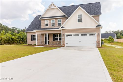 Photo of 117 Woodwater Drive, Richlands, NC 28574 (MLS # 100197682)