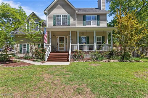 Photo of 104 Bayshore Drive, Sneads Ferry, NC 28460 (MLS # 100215688)