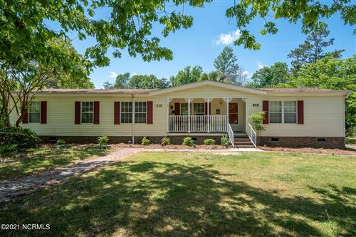 Photo of 828 Wildwood Circle, Hampstead, NC 28443 (MLS # 100269688)