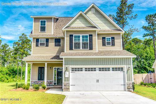 Photo of 348 White Dove Drive, Hubert, NC 28539 (MLS # 100274688)