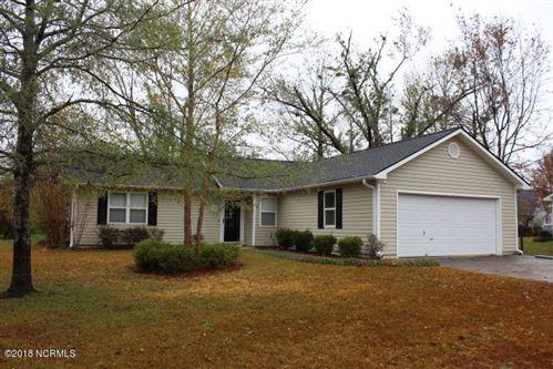 Photo of 109 Pine Needle Drive, Hubert, NC 28539 (MLS # 100142689)