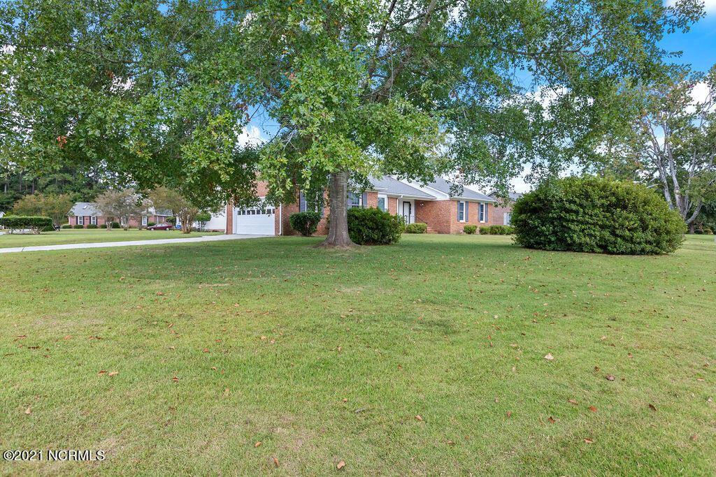 Photo of 201 University Drive, Jacksonville, NC 28546 (MLS # 100291690)