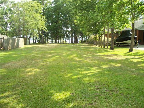 Photo of 732 Bella Coola Road, Lake Waccamaw, NC 28450 (MLS # 100270693)