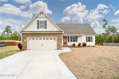 Photo of 261 Rowland Drive, Richlands, NC 28574 (MLS # 100256694)
