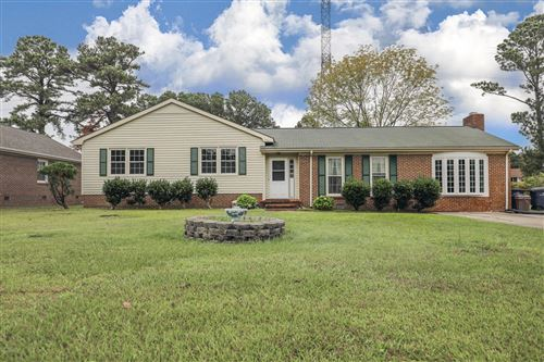 Photo of 806 Winchester Road, Jacksonville, NC 28546 (MLS # 100241697)