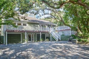 Photo of 106 Channelbend, Surf City, NC 28445 (MLS # 100181699)