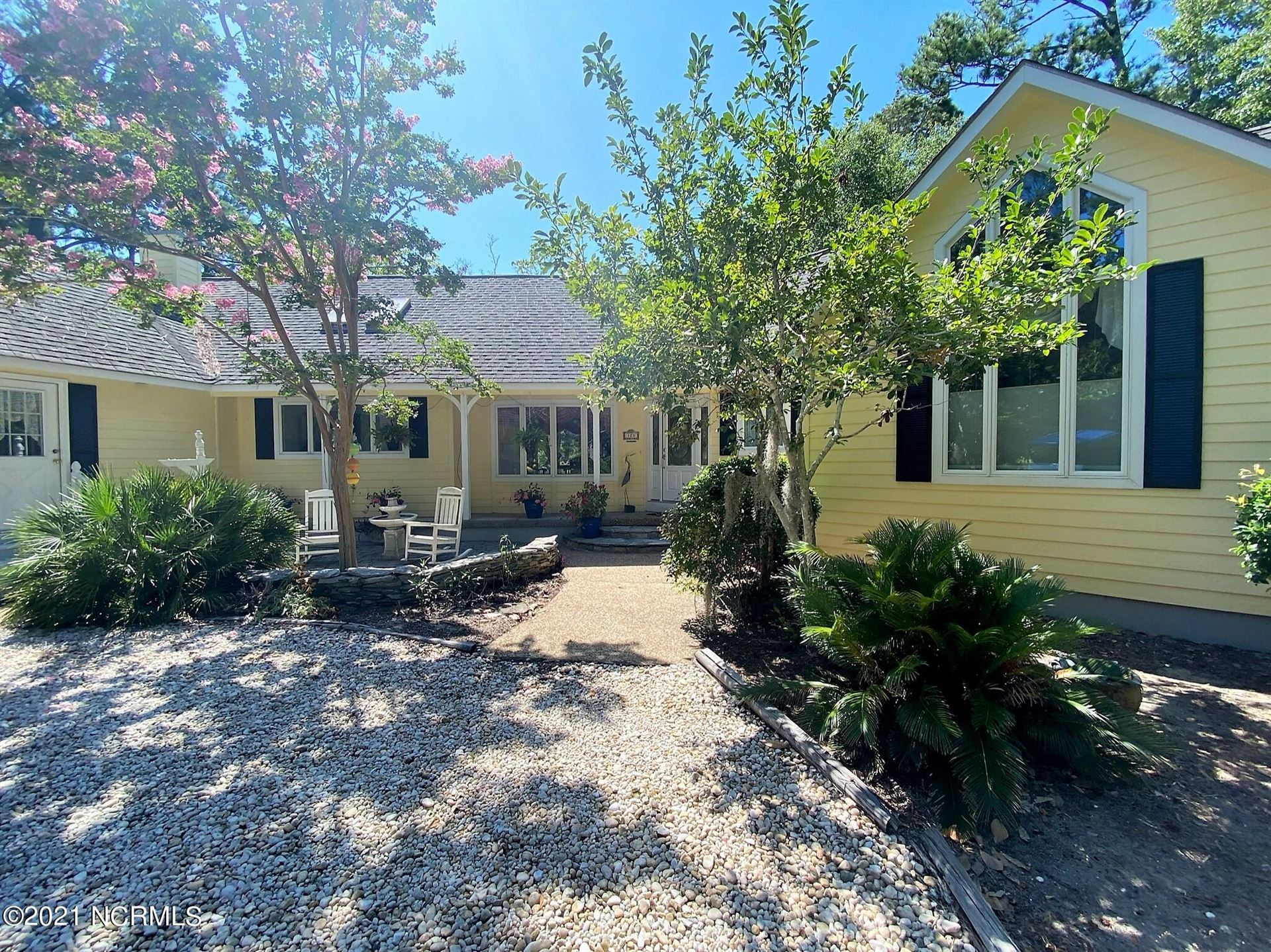 Photo for 128 White Ash Drive, Pine Knoll Shores, NC 28512 (MLS # 100281700)