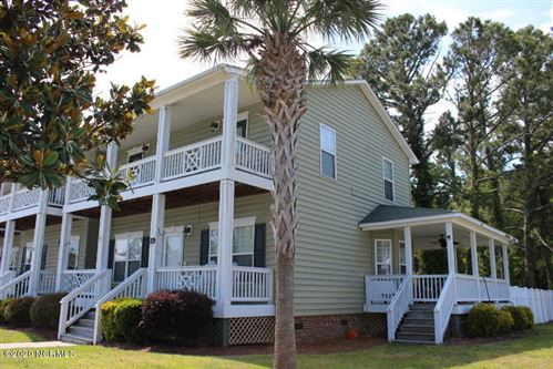 Photo of 19 Sloop Street, Swansboro, NC 28584 (MLS # 100256702)