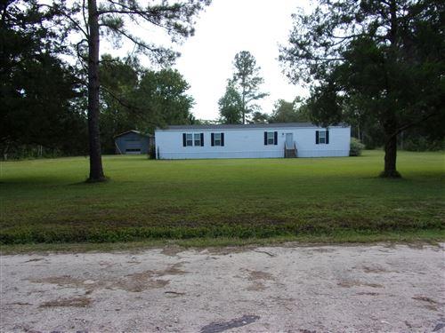 Photo of 321 John Humphrey Road, Burgaw, NC 28425 (MLS # 100236703)
