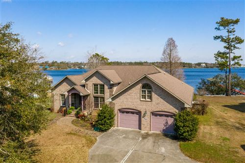 Photo of 569 Chadwick Shores Drive, Sneads Ferry, NC 28460 (MLS # 100208707)