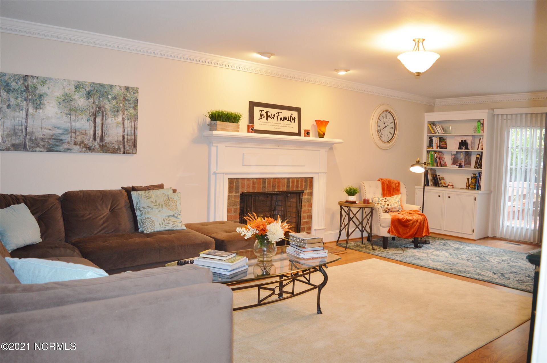 Photo of 200 Oak Branches Close, Winterville, NC 28590 (MLS # 100294709)