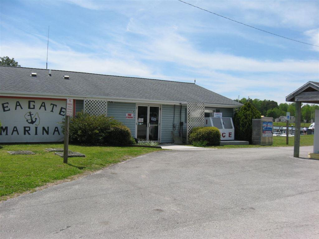 Photo of 346 Country Club Lane, Newport, NC 28570 (MLS # 100182712)