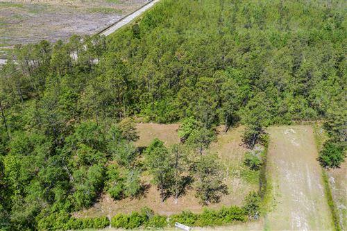 Photo of Lot 9 W Waverly Drive, Burgaw, NC 28425 (MLS # 100263718)