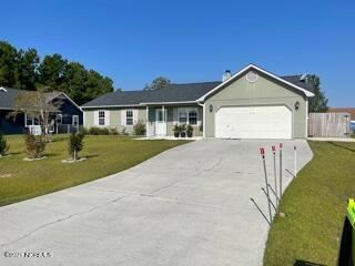 Photo of 266 Parnell Road, Hubert, NC 28539 (MLS # 100292718)
