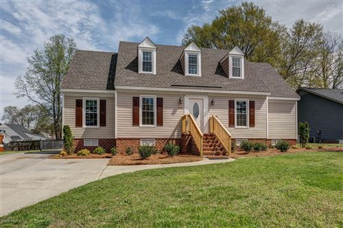 Photo of 109 Ketch Point Court, Rocky Mount, NC 27803 (MLS # 100211721)