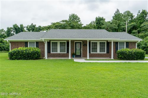 Photo of 151 Stanberry Hicks Road, New Bern, NC 28562 (MLS # 100284725)