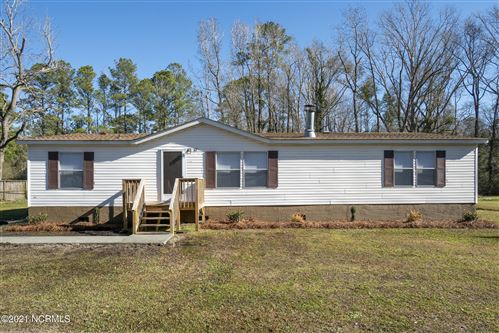 Photo of 47 Butterfly Circle, New Bern, NC 28560 (MLS # 100251728)