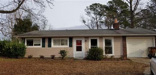 Photo of 6021 E Red Oak Court, Jacksonville, NC 28546 (MLS # 100194729)