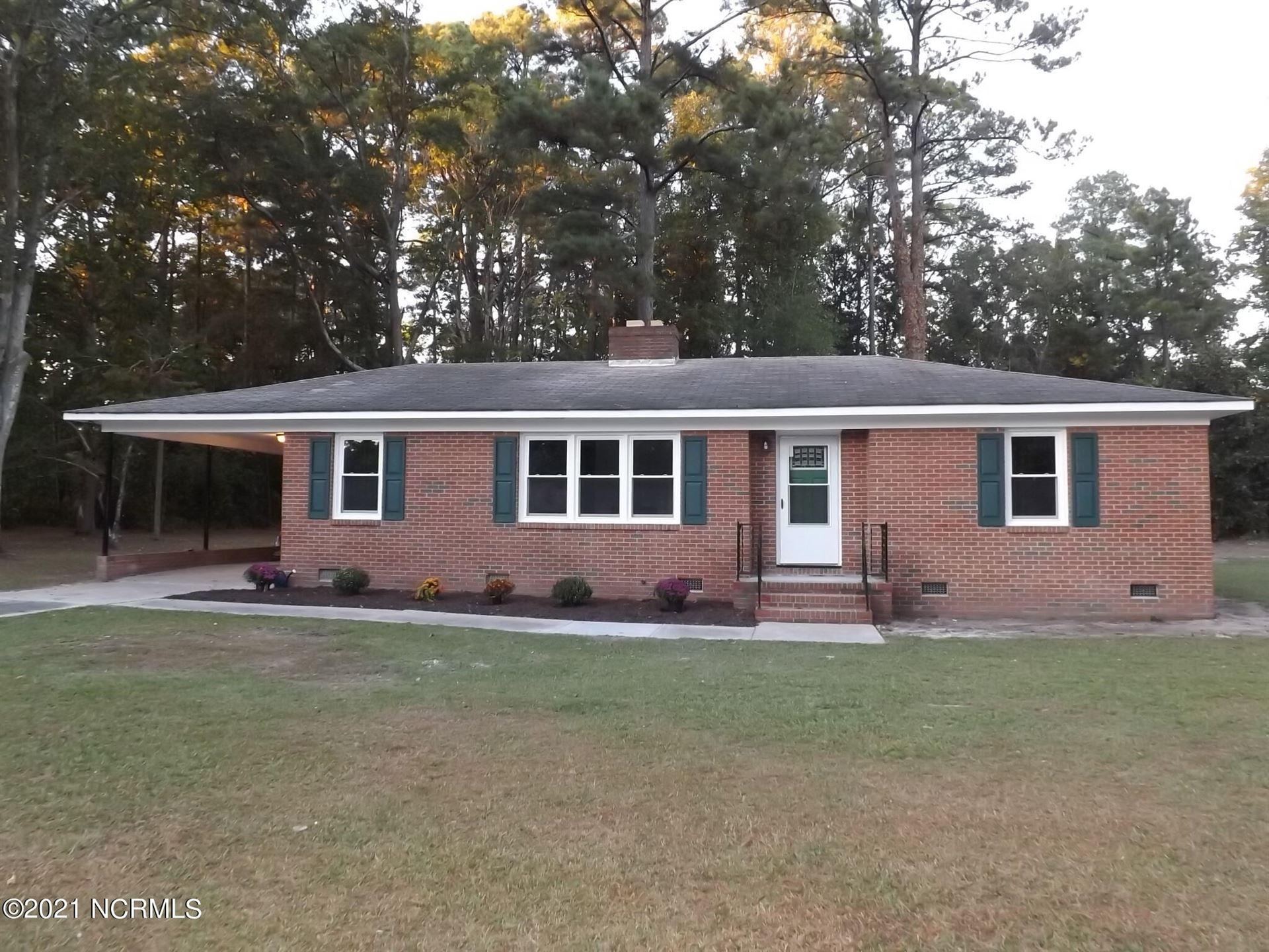 Photo of 14520 Haney Drive, Laurinburg, NC 28352 (MLS # 100295731)