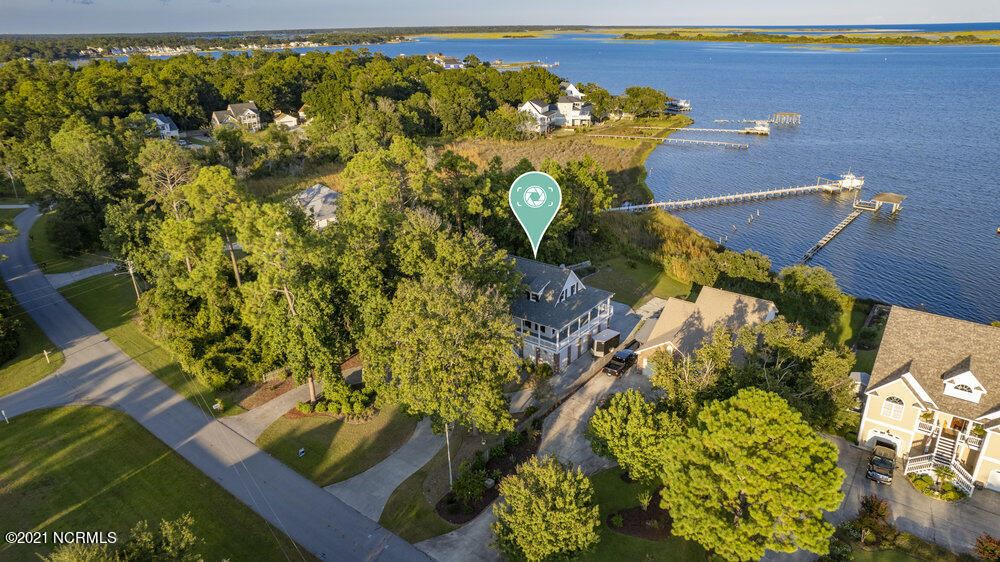 Photo of 1107 Chadwick Shores Drive, Sneads Ferry, NC 28460 (MLS # 100290733)