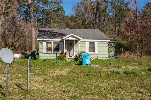 Photo of 251 Fire Tower Road, Richlands, NC 28574 (MLS # 100209734)