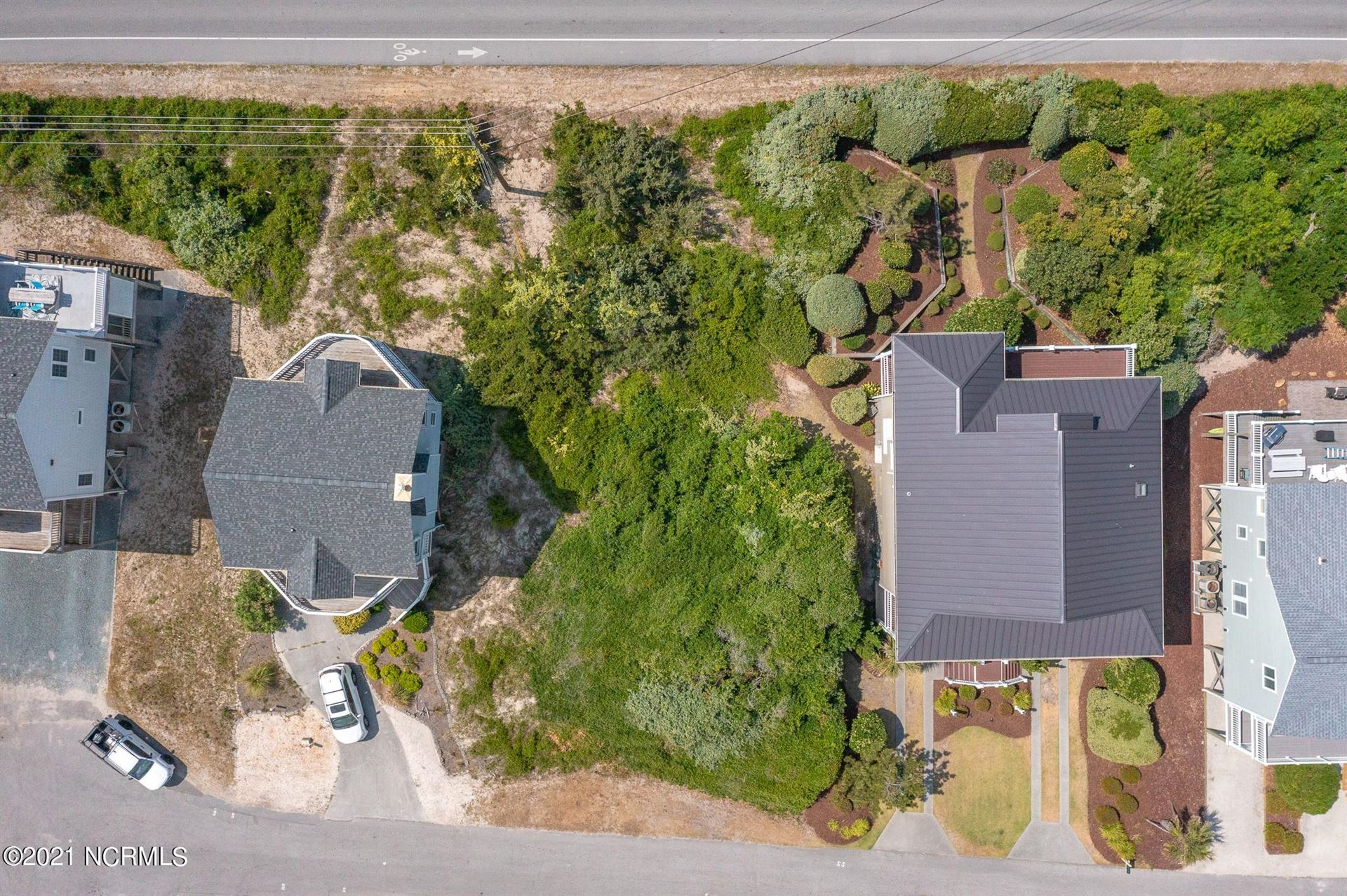 Photo for 124 S Permuda Wynd, North Topsail Beach, NC 28460 (MLS # 100270735)