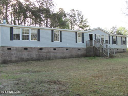 Photo of 112 Indian Cave Drive, Richlands, NC 28574 (MLS # 100213739)