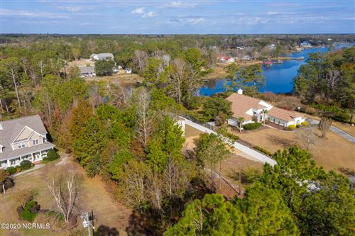 Photo of 341 Chadwick Shores Drive, Sneads Ferry, NC 28460 (MLS # 100248739)