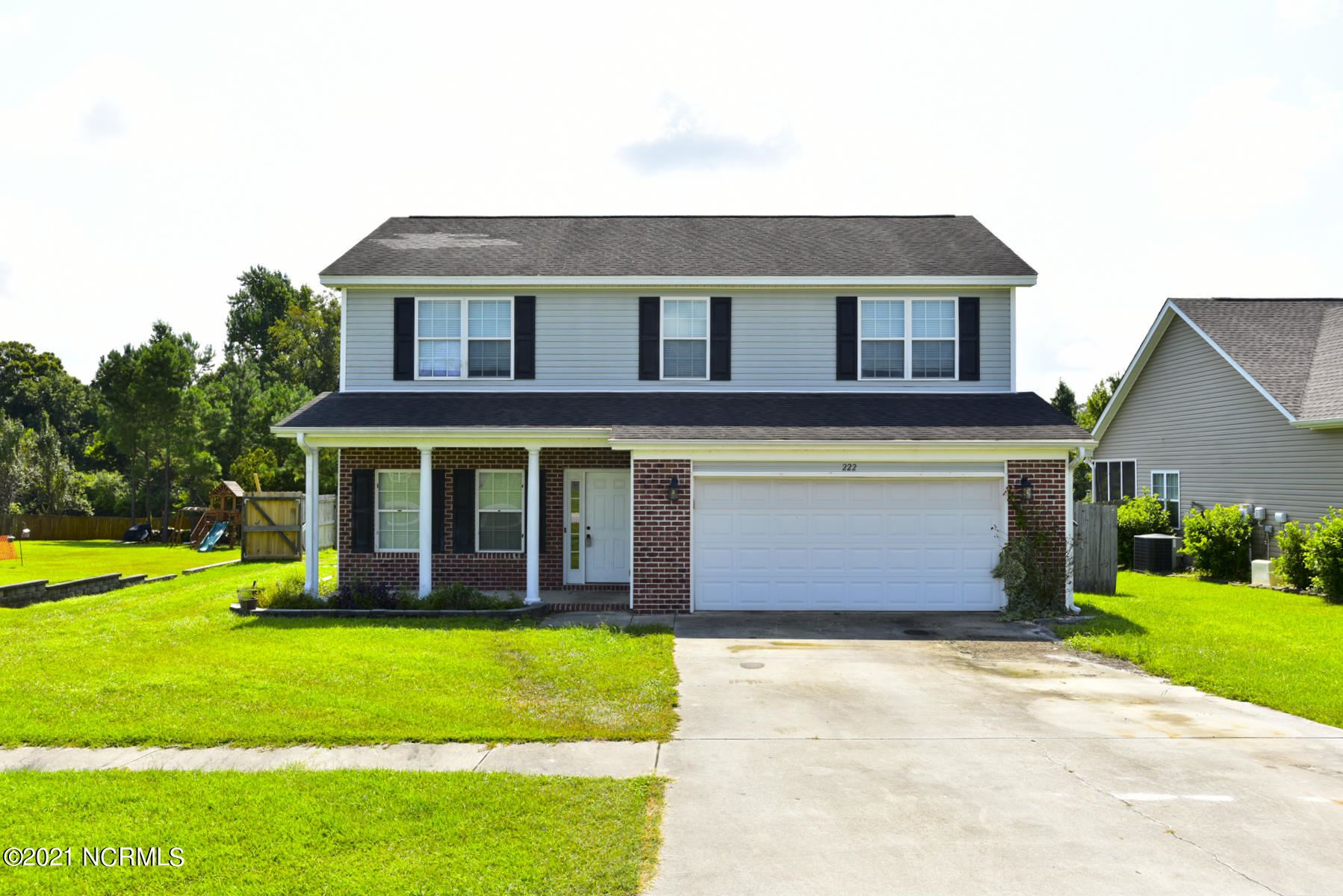 Photo of 222 Emerald Ridge Road, Jacksonville, NC 28546 (MLS # 100286742)