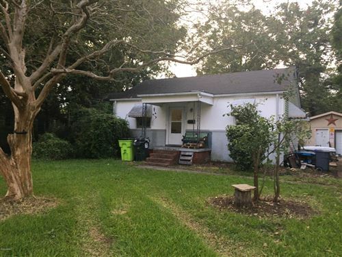 Photo of 2204 Henderson Avenue, New Bern, NC 28560 (MLS # 100238744)