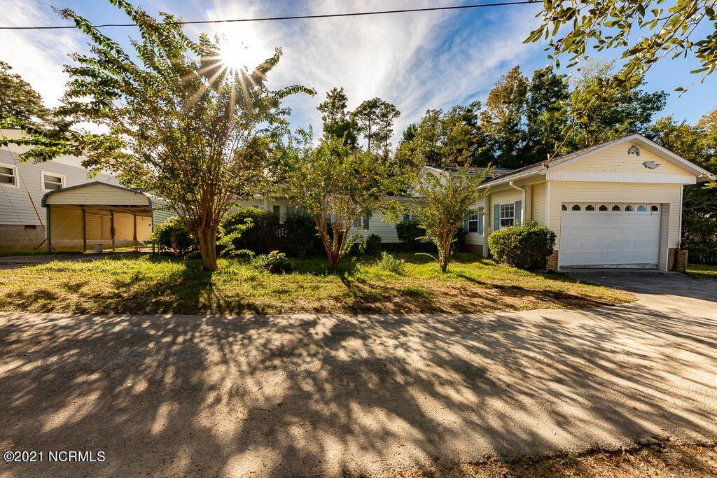 Photo of 505 Hilltop Drive, Swansboro, NC 28584 (MLS # 100293744)