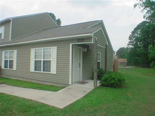 Photo of 211 Palace Circle, Jacksonville, NC 28546 (MLS # 100295747)