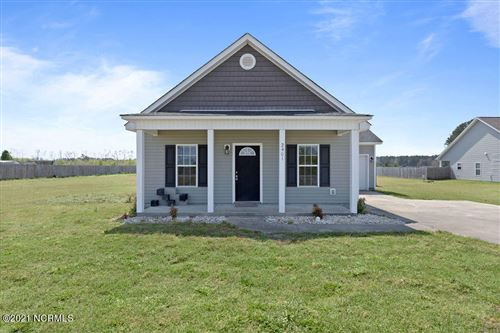 Photo of 2401 White Oak River Road, Maysville, NC 28555 (MLS # 100265748)
